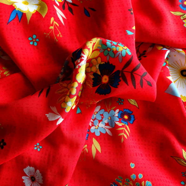 Viscose Sun Kissed Rouge Tissu Fleurs