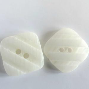 boutons-carré-blanc-36bobines-2 trous
