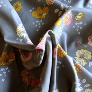 moonblooms-gris-coton-michael-miller-36bobines-fleurs
