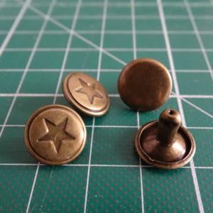 rivets étoiles bronze