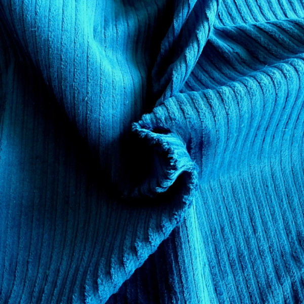 velours cotele bleu turquoise