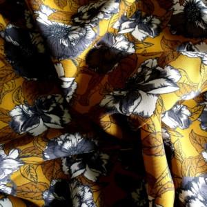viscose fleurs grises fond moutarde tissu couture